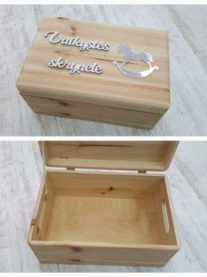 Medinė dėžutė.